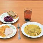 Российским школьникам предоставят халяльное питание